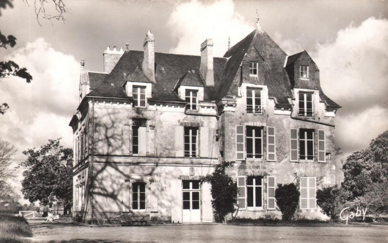 Saint-Gervais (Vendée) Le château de la Bonnetière vers 1960 CPA