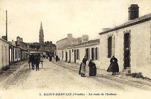 Saint-Gervais (Vendée) La route de Challans CPA