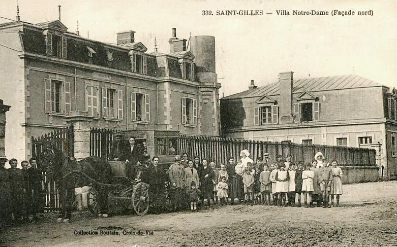 Saint-Gilles-Croix-de-Vie (Vendée) La villa Notre-Dame CPA