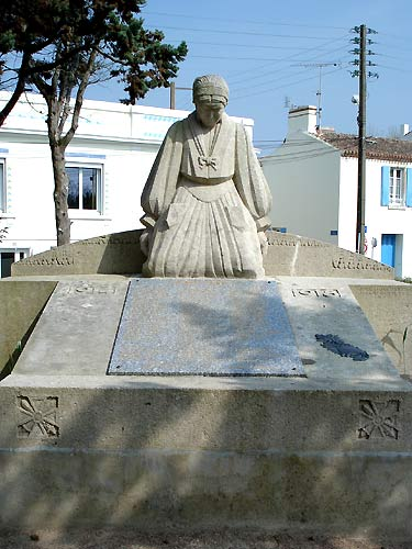 Saint-Gilles-Croix-de-Vie (Vendée) Le Monument aux morts 1914-1918