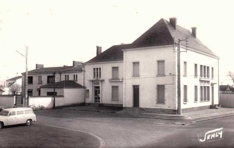 Saint-Hilaire-de-Riez (Vendée) La mairie CPA