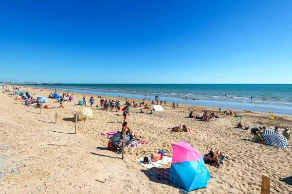 Saint-Hilaire-de-Riez (Vendée) La plage de la Pège