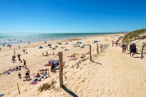 Saint-Hilaire-de-Riez (Vendée) La plage des 60 Bornes