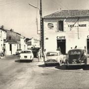 Saint-Hilaire-de-Riez (Vendée) Le café de la mairie CPA