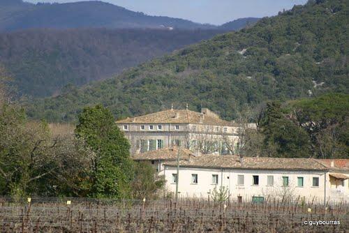 Saint-Hippolyte-du-Fort (Gard) Le château des Graves