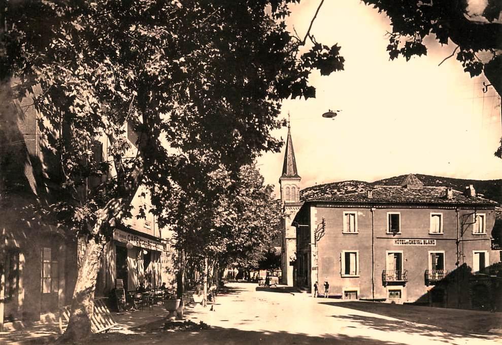 Saint-Hippolyte-du-Fort (Gard) CPA Le Boulevard Gambetta
