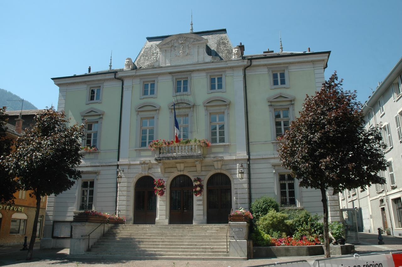 Saint-Jean-de-Maurienne (Savoie) L'Hôtel de Ville