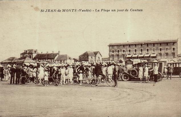 Saint-Jean-de-Monts (Vendée) La plage, les courses CPA