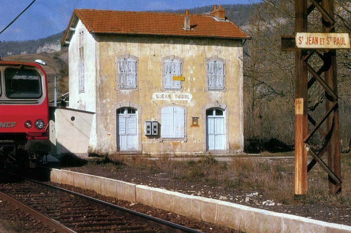 Saint-Jean-et-Saint-Paul (Aveyron) Saint-Paul-des-Fonts, gare