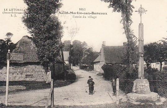 Saint-Martin-aux-Buneaux (Seine Maritime) Entrée du village CPA