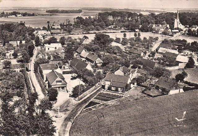 Saint-Martin-aux-Buneaux (Seine Maritime) Vue générale CPA