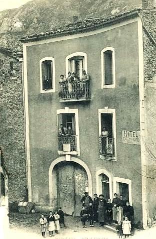 Saint-Maurice-Navacelles (Hérault) L'Hôtel Causse CPA