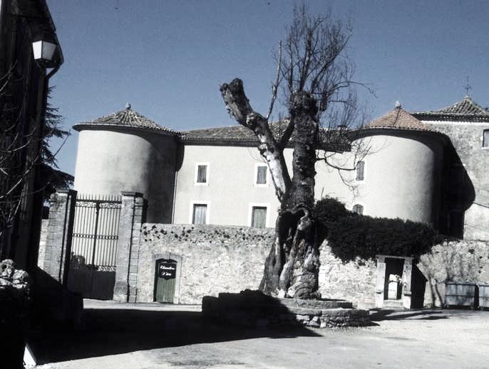 Saint-Maurice-Navacelles (Hérault) le château