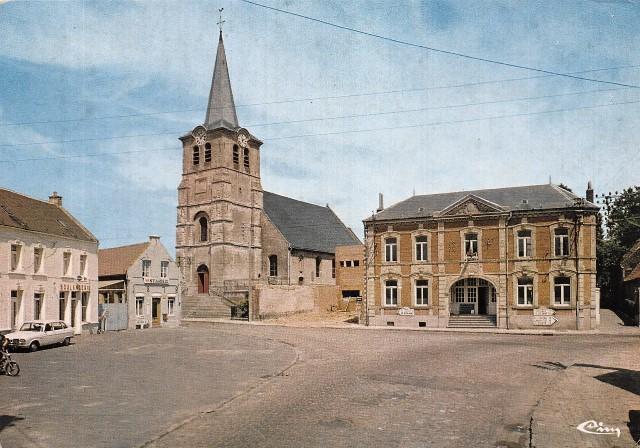 Saint python 59 l eglise et la mairie vers 1972