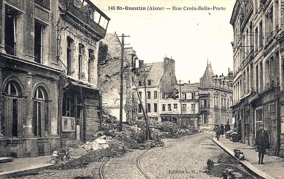 Saint-Quentin (Aisne) CPA 914, la rue croix-belle-porte