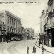 Saint-Quentin (Aisne) CPA la rue de la sellerie