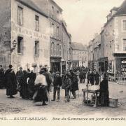 Saint-Saulge (Nièvre) La rue du Commerce, marché CPA