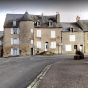 Saint-Saulge (Nièvre) La tour