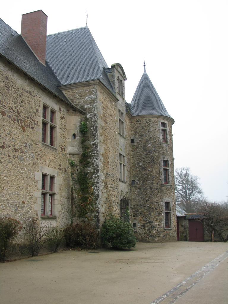 Saint-Sulpice-le-Verdon Logis de la Chabotterie (42)