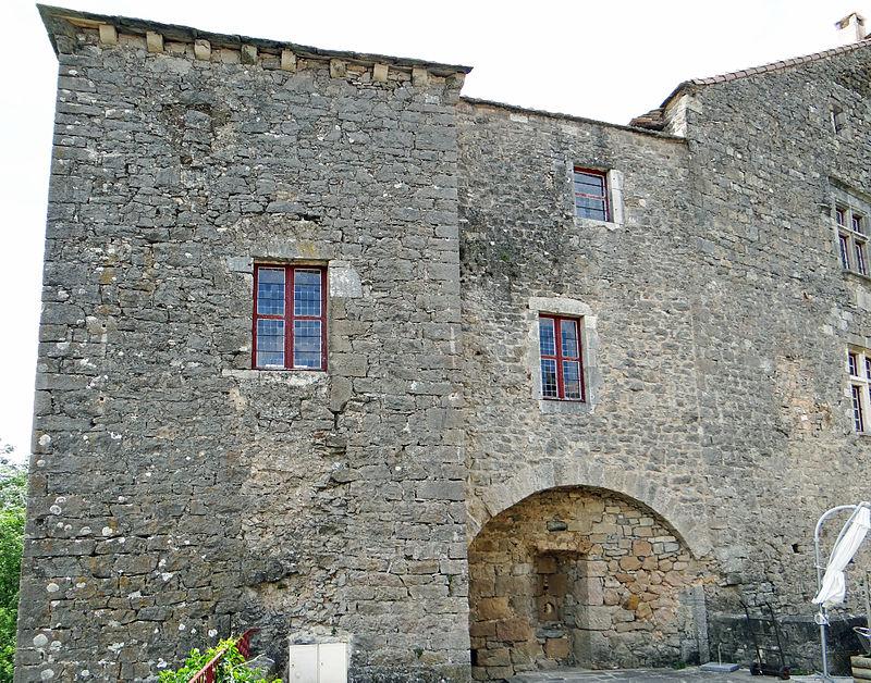 Sainte-Eulalie-de-Cernon (Aveyron) La Commanderie, aile Est
