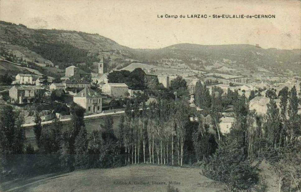 Sainte-Eulalie-de-Cernon (Aveyron) CPA Vue générale