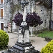 Sainte-Eulalie-de-Cernon (Aveyron) Le monument aux morts