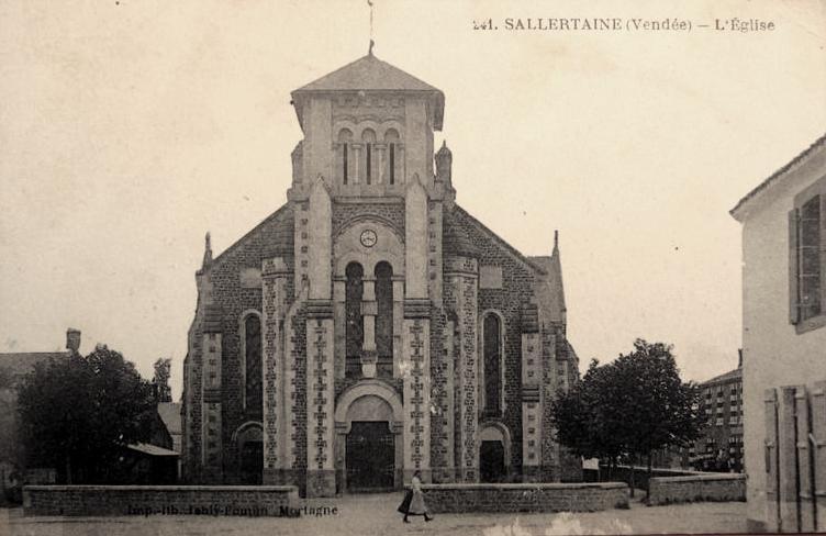 Sallertaine (Vendée) L'église Saint Martin nouvelle CPA