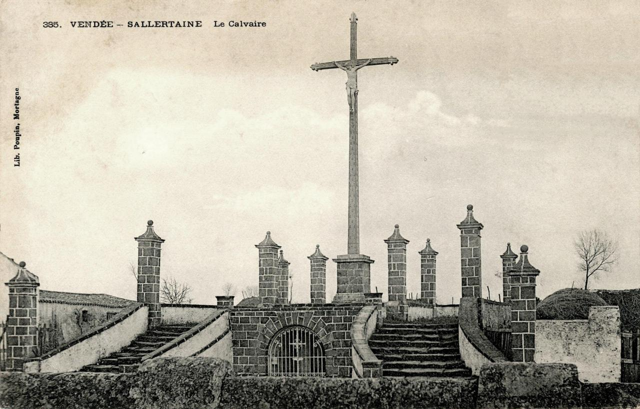 Sallertaine (Vendée) Le calvaire CPA
