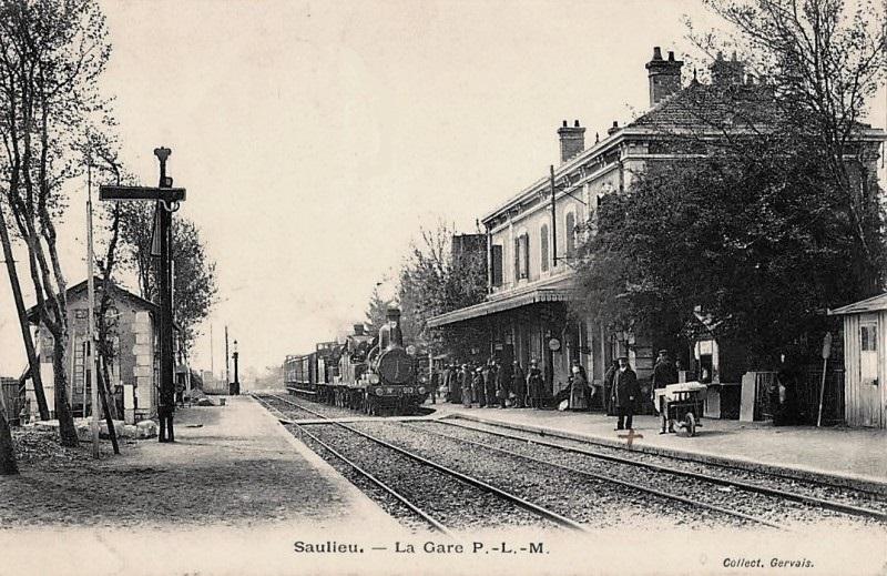 Saulieu (Côte d'Or) La gare CPA