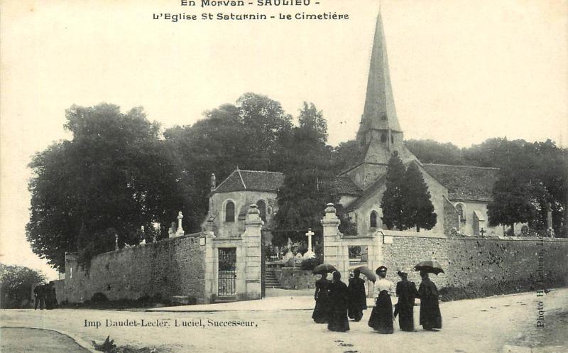 Saulieu (Côte d'Or) Léglise Saint-Saturnin et le cimetière CPA