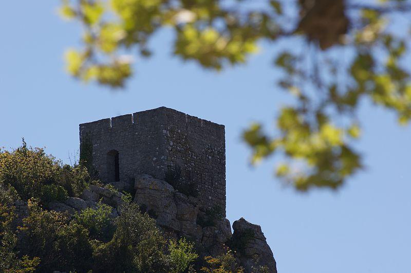 Sauve (Gard) La tour du Castellas