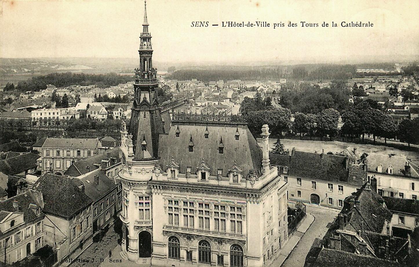 Sens (89) L'Hôtel-de-Ville CPA