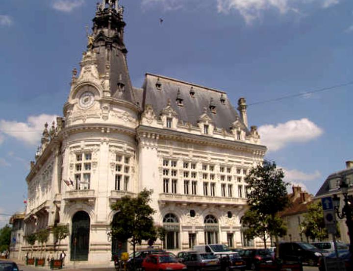 Sens (89) L'Hôtel-de-Ville
