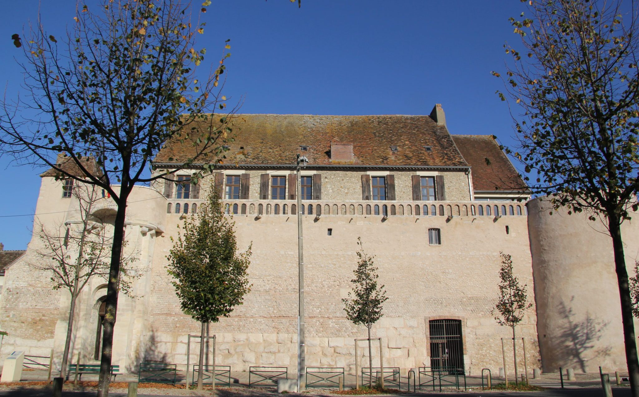 Sens (89) La poterne Garnier Des Prés