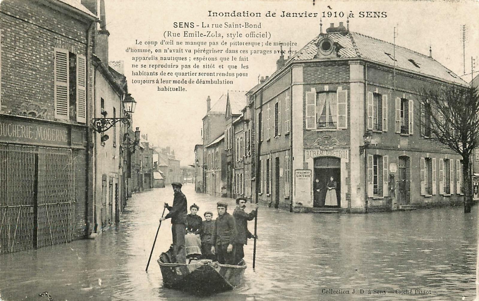 Sens (89) Le bureau de l'Octroi, inondations 1910 CPA