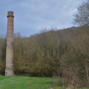Senuc (08) La cheminée de l'ancienne briqueterie