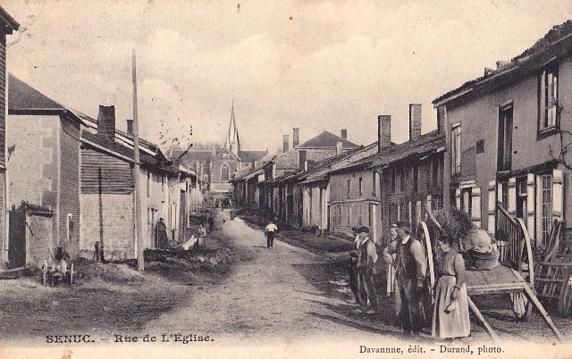 Senuc (08) La rue de l'église CPA
