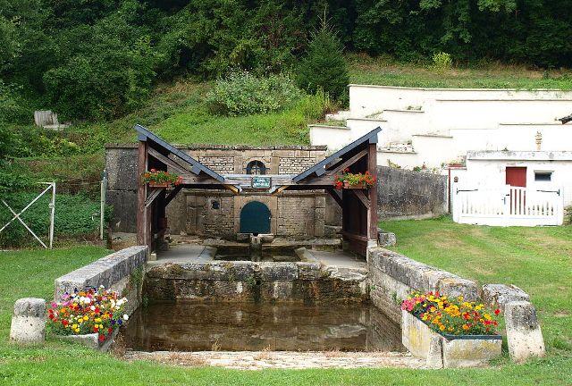 Senuc (08) Le lavoir Saint-Oricle