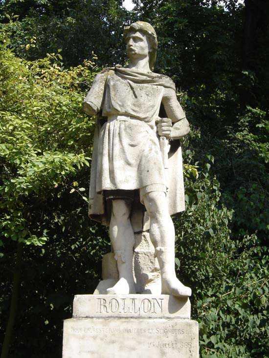 Statue de Rollon à Rouen