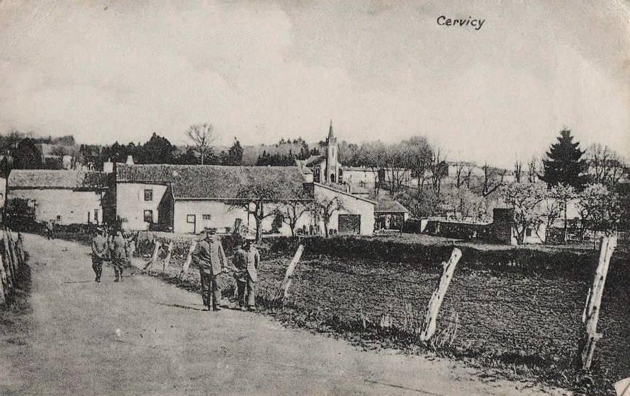 Stenay (Meuse) Cervisy, la rue du canal CPA
