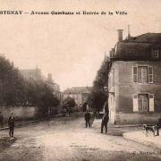 Stenay (Meuse) L'avenue Gambetta CPA