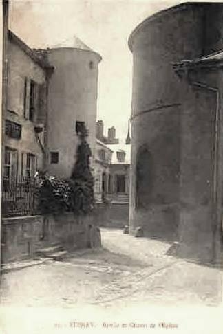 Stenay (Meuse) L'église Saint-Grégoire et la ruelle CPA