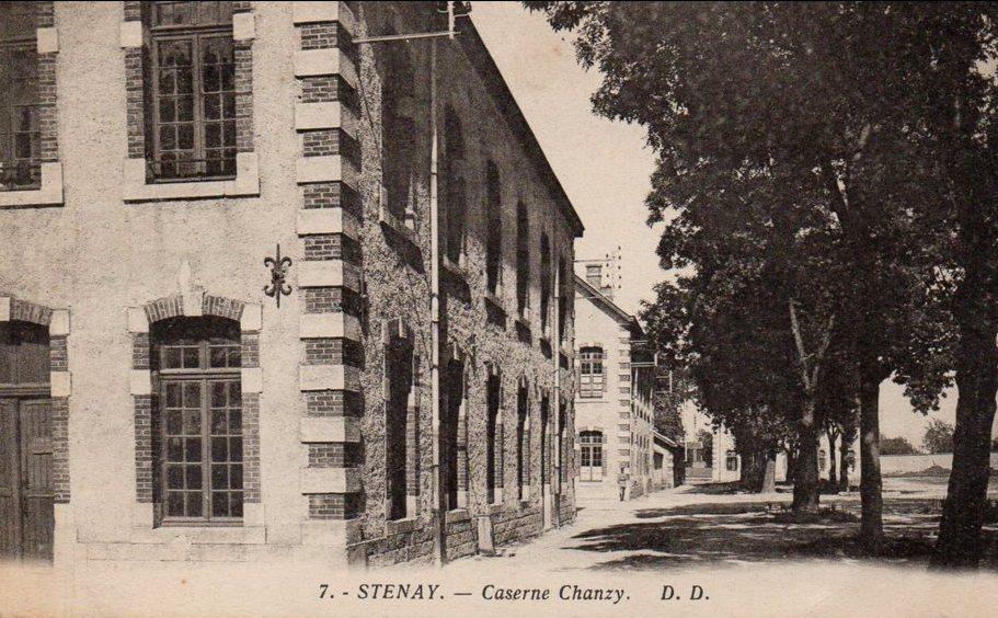 Stenay (Meuse) La caserne Chanzy CPA