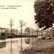 Stenay (Meuse) La passerelle brisée CPA