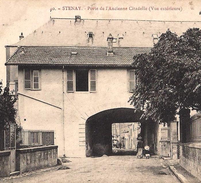 Stenay (Meuse) La porte de Bourgogne CPA
