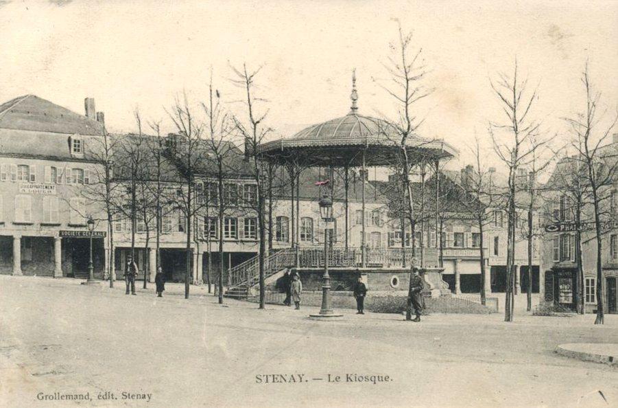 Stenay (Meuse) Le kiosque CPA