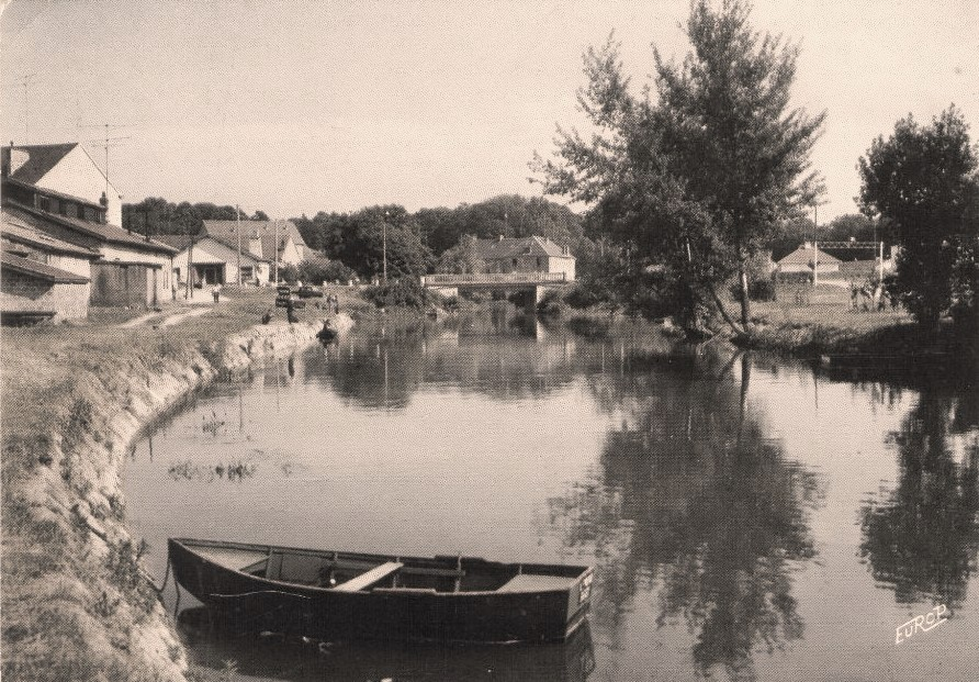 Stenay (Meuse) Le pont vieux CPA
