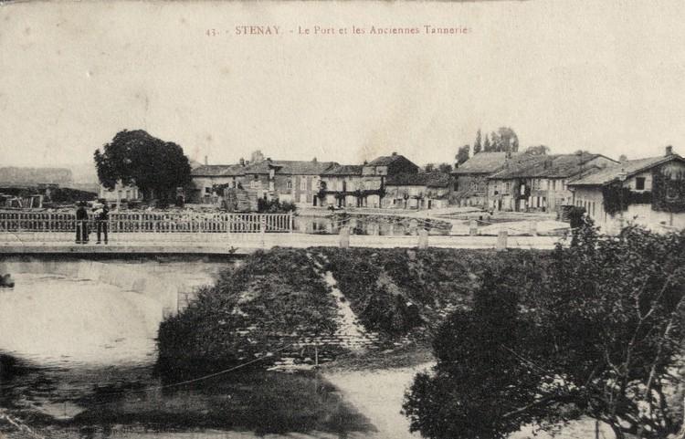 Stenay (Meuse) Le port et les tanneries CPA