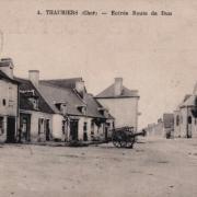 Thaumiers (18) La route de Dun CPA