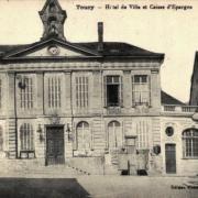 Toucy (89) La Caisse d'Epargne CPA